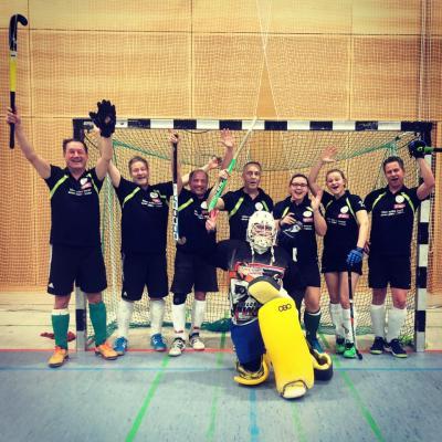 Foto zur Meldung: Elternhockey-Liga mit den HCKW Schlossgeistern