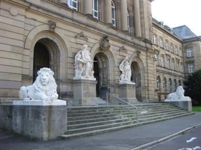 Foto zur Meldung: Klasse 7 im Amtsgericht in Ulm