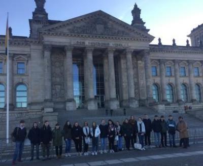 Foto zur Meldung: Besuch des Bundestages und eines Abgeordneten