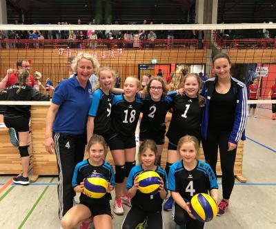 Foto zur Meldung: 6.Platz bei den NWD Meisterschaften der Volleyballerinnen U12!