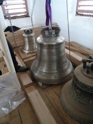 Foto zur Meldung: Die Glocken von Gruhno sind schon mal im Turm