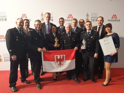 Foto zur Meldung: And the (Feuerwehr-)Oscar goes to … - Conrad Dietrich Magirus Preis 2018 geht zur Feuerwehr Treuenbrietzen