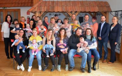 Vorschaubild zur Meldung: 10. Babyempfang des Bürgermeisters