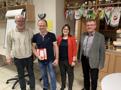 Auszeichnung SK Hoehne; L. Göpel nicht anwesend;