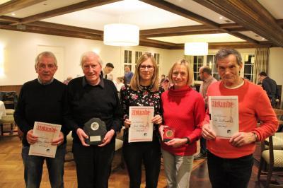 Ehrenmitglieder und Sportlerin des Jahres