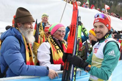 Vater Alfred Rießle wird den Team-Sprint-Weltmeister Fabian Rießle auch beim Heimspiel in Schonach lautstark anfeuern - Foto: Joachim Hahne / johapress