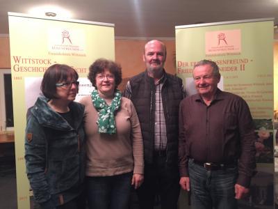 Ines Lehmann (Stellv.), Elvira Valerius (Schatzmeisterin), Rainer Kröger (Leiter des Freundeskreises Wittstock), Kurt Friedl (Stellv.) (von links) Foto: Große