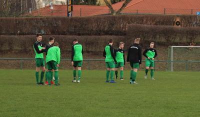 Demmins B-Jugend Spieler warteten vergeblich auf den Gegner aus Neubrandenburg