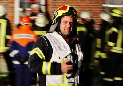 Foto zur Meldung: Peter van het Loo jetzt Oberbrandmeister – JHV der Amtswehr
