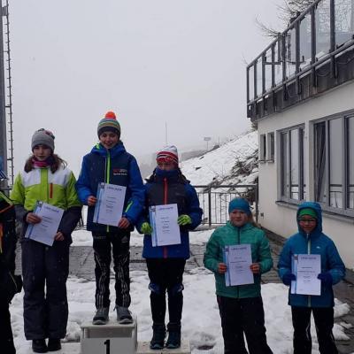Foto zur Meldung: Thüringer Meisterschaft Massenstart Biathlon