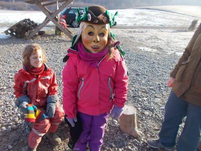 Vorschaubild zur Meldung: Fasnet im Waldkindergarten
