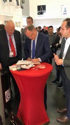 Foto zur Meldung: Ministerpräsident Weil zu Gast im Erdölmuseum