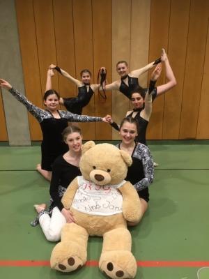 Foto zur Meldung: RSG Mädels beim Landesfinale in Landshut