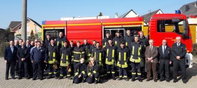 Foto zur Meldung: Rheinböller Feuerwehrgrundlehrgang mit 18 Teilnehmern erfolgreich beendet