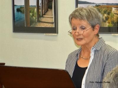 Vorschaubild zur Meldung: Literatur-Café : Christel Weimar: Fontaneprogramm