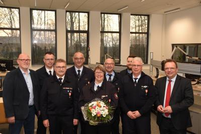 Vorschaubild zur Meldung: Landrat Winfried Becker verleiht Brandschutzehrenzeichen für 40 Jahre aktiven Feuerwehrdienst