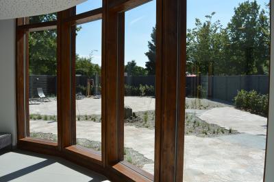 Blick in den Saunagarten.