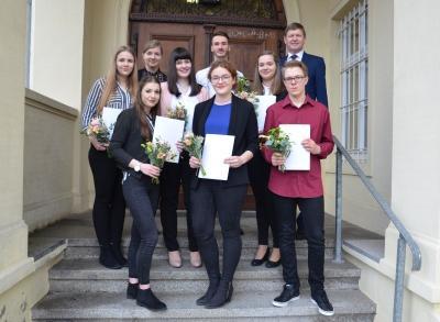 Foto zur Meldung: Kreisverwaltung OSL begrüßt neue Auszubildende und Studierende