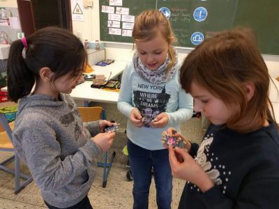 Vorschaubild zur Meldung: Dank der Sparkasse Unna startet die digitale Arbeit mit dem Calliope mini an der Nordschule!