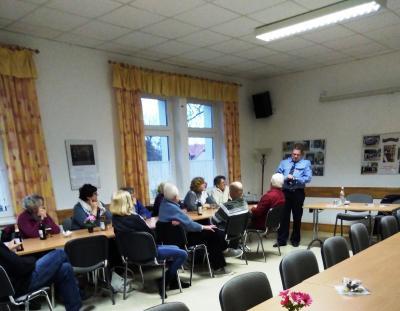Foto zur Meldung: Mitteilung des Fördervereins Gemeinschaftsleben Diedersdorf e.V. - Präventionsveranstaltung der Polizeiinspektion Teltow-Fläming