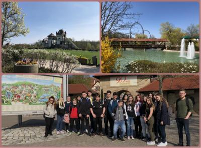 Abschlussfahrt mit Freizeitpark - Die Klasse 9a in Tripsdrill