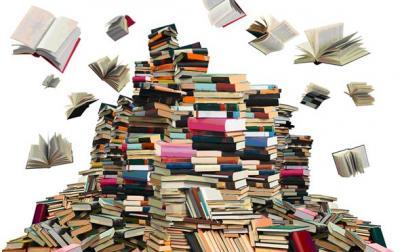 Vorschaubild zur Meldung: Großer Bücherflohmarkt in der Bibliothek vom 8. Juli bis 6. Aug. 2019