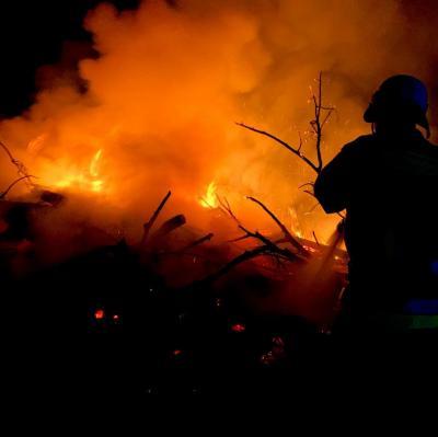 Vorschaubild zur Meldung: Einsatz Osterfeuer
