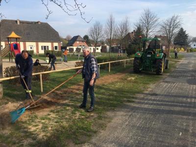 Foto zur Meldung: Frühjahrsputz in der Gemeinde Sülstorf