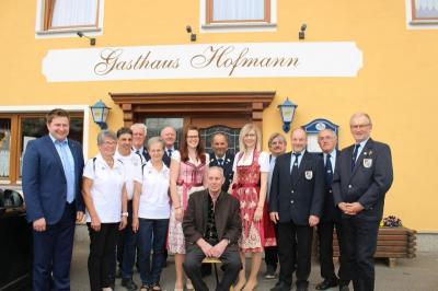 Vorschaubild zur Meldung: Adolf Schötz feierte sein 80. Wiegenfest