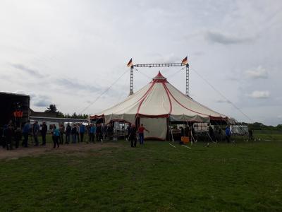 Vorschaubild zur Meldung: Der Zirkus ist da!