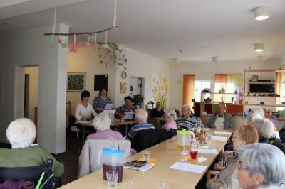 Foto zur Meldung: Stimmungsvolle Maiandacht in der Pflegeinsel Kuhn