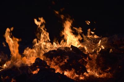 Vorschaubild zur Meldung: Osterfeuer Uelitz