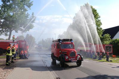 Vorschaubild zur Meldung: Emotionaler Feuerwehr-Abschied von Jürgen Rehnus und Reiner Roblick