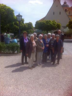 Foto zur Meldung: Der Frauen-und Mütterverein betete zur Muttergottes