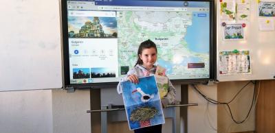Foto zur Meldung: Melina Carolina Schulz belegt den 2. Platz im Bulgarischen Malwettbewerb