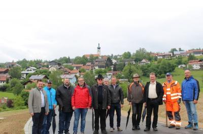"""Vorschaubild zur Meldung: Statement zur Abnahme """"Baugebiet am Sonnenhang"""" in Moosbach"""