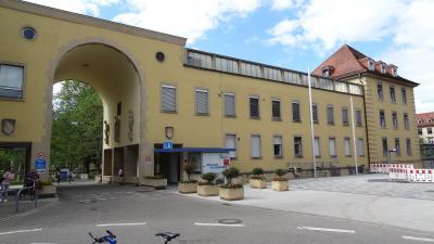 Fußball-Bundestrainer Jogi Löw befindet sich derzeit nach einem Hantel-Unfall beim Sport in medizinischer Behandlung im Universitätsklinikum Freiburg - Foto: Joachim Hahne / johapress