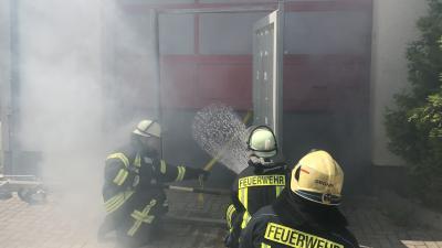Vorschaubild zur Meldung: Standortausbildung - Brandbekämpfung