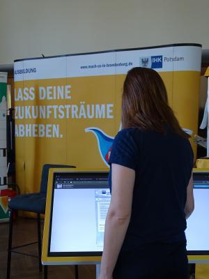 Vorschaubild zur Meldung: Tag der Firmen in der Carl-Diercke-Schule