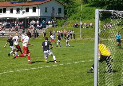 Vorschaubild zur Meldung: Fussball (Bezirksliga) - Klasse gehalten / versöhnlicher Abschluss am vergangenen Samstag