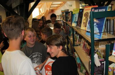 Vorschaubild zur Meldung: Buch frei für alle Leseratten: Heute wurde die 10. Auflage des SommerLeseClubs eröffnet