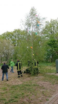 Foto zur Meldung: Osterfeuer und Tag der Arbeit in Sülstorf