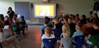 Vorschaubild zur Meldung: Die große Wörterfabrik: Kitakinder auf Entdeckungsreise
