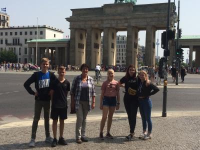 Foto zur Meldung: Konfirmanden besuchen Berlin