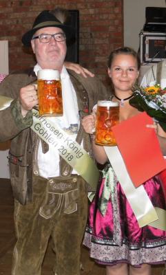 Dirndl-Königin Anna und Lederhosen-König Arnold laden ein zum zweiten Oktoberfest nach Göhlen