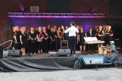 Chorauftritt beim ersten Schaumburger Klimafestival