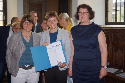 Foto zur Meldung: Rezertifizierungsfeier der Europaschulen in Osnabrück