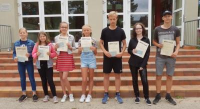 Vorschaubild zur Meldung: Auszeichnungen zum Schuljahresende 2018/19