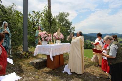 Foto zur Meldung: Feierliche Fronleichnamsprozession in Prackenbach und Moosbach