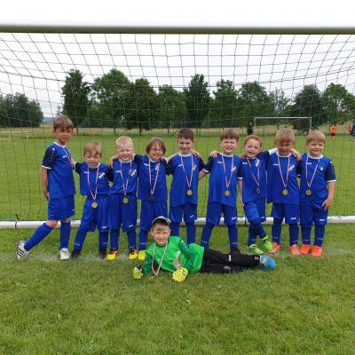 Foto zur Meldung: Fußball: G-Junioren beim Turnier in Kraja